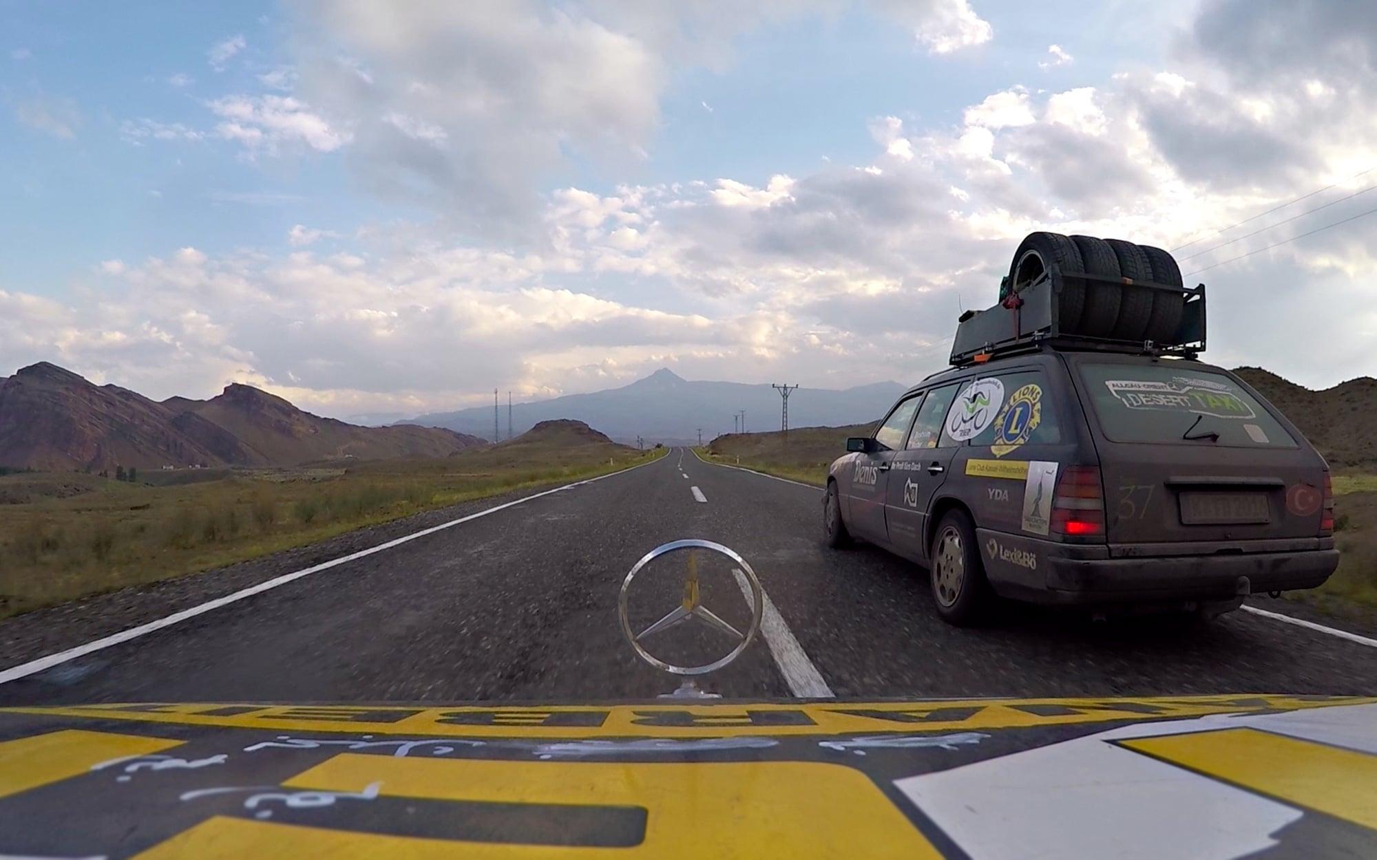 GALERIE21_team-desert-taxi-trier